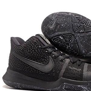 Nike Youth Kyrie 3 Triple Black Oreo Sneakers
